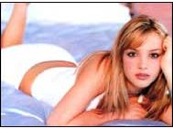 """Britney """"sanal alemin şampiyonu"""" oldu"""